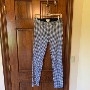 Maino Jules cropped navy checkered pants.
